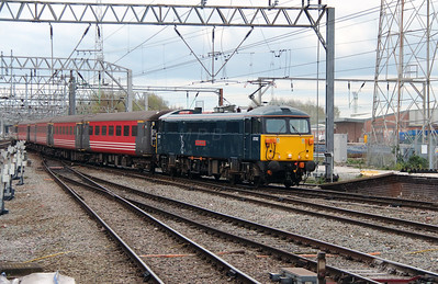 1) 87 002 at Crewe on 18th April 2016