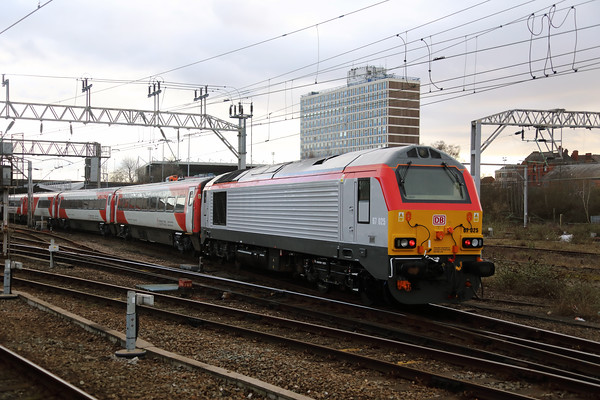 1) 67 025 at Crewe on 28th January 2020